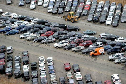 Парковка автомобилей на продажу США